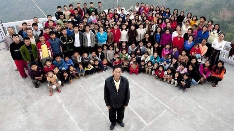 بالصور: أكبر عائلة في العالم يبلغ عدد أفرادها...