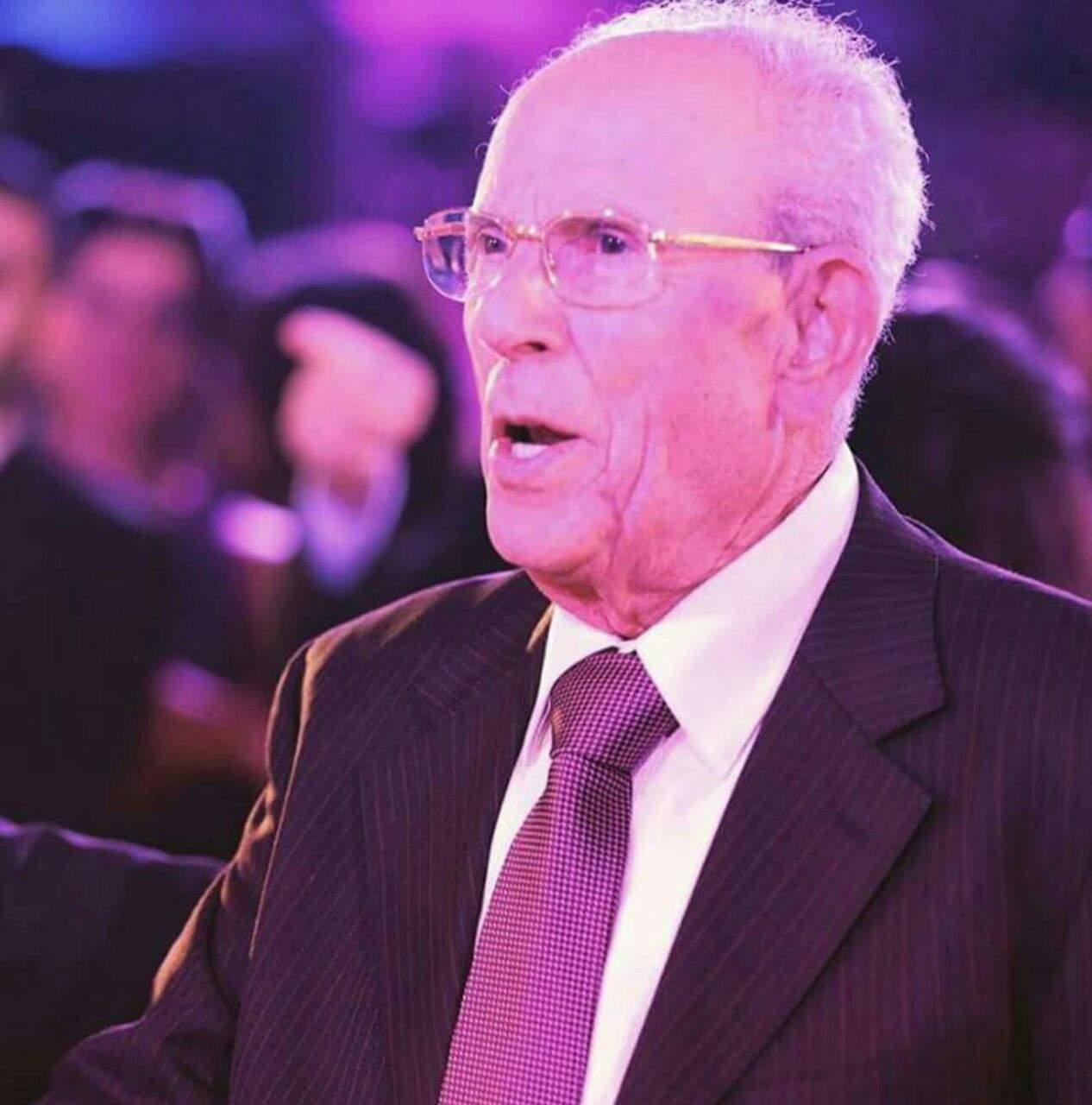 السيد محمود عاشور (أبو حاتم) في ذمّة الله