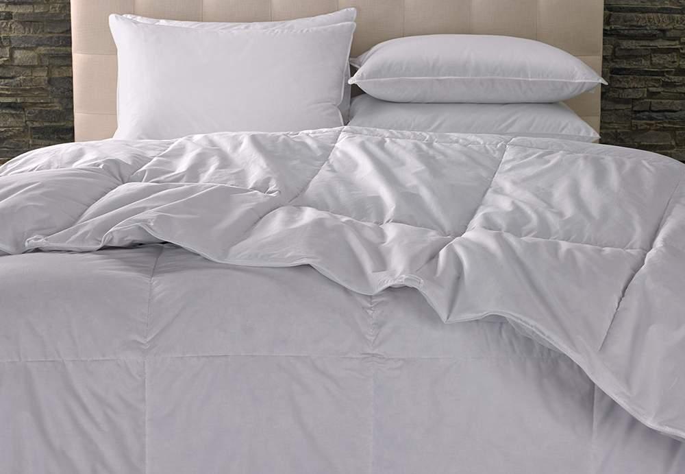 إحذر أغطية و مفارش سريرك بالفندق...تحقيق سرّي في أفخم الفنادق يأتيك بنتيجة مقزّزة