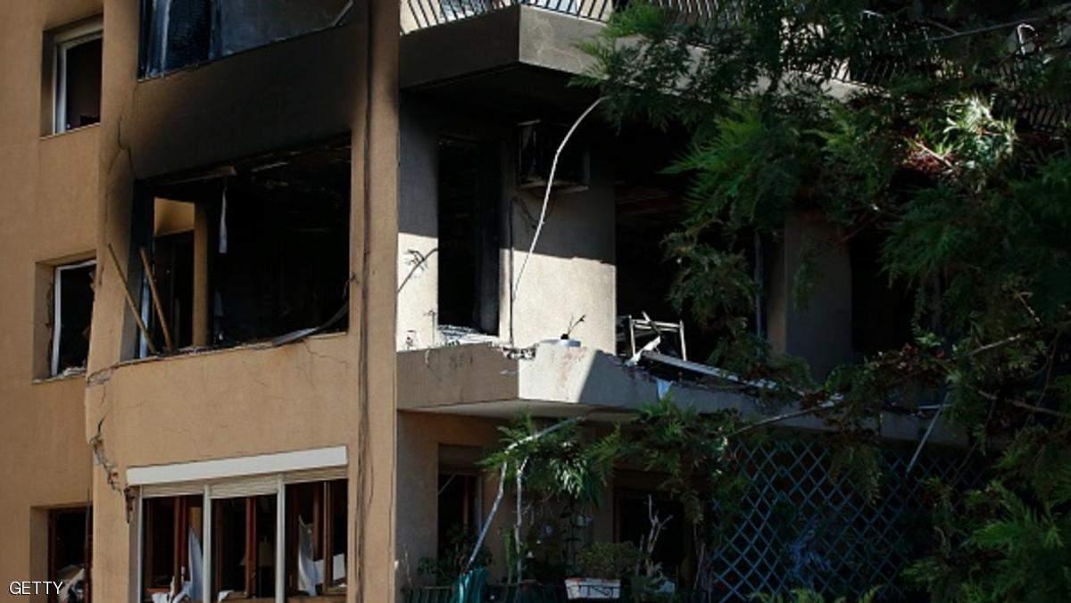 قتيل و 14 جريحاً جراء انفجار في مبنى قرب برشلونة