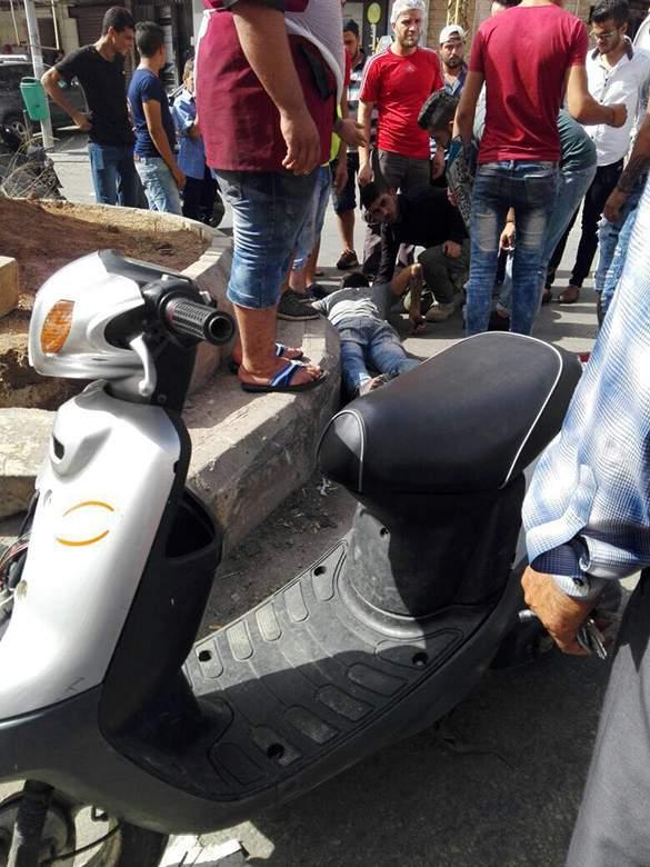 صدم سائق دراجة نارية في الليلكي و فرار صاحب السيارة