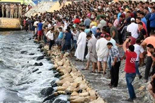 ارتفاع حصيلة ضحايا غرق زورق المهاجرين قبالة سواحل مصر الى 79 قتيلا