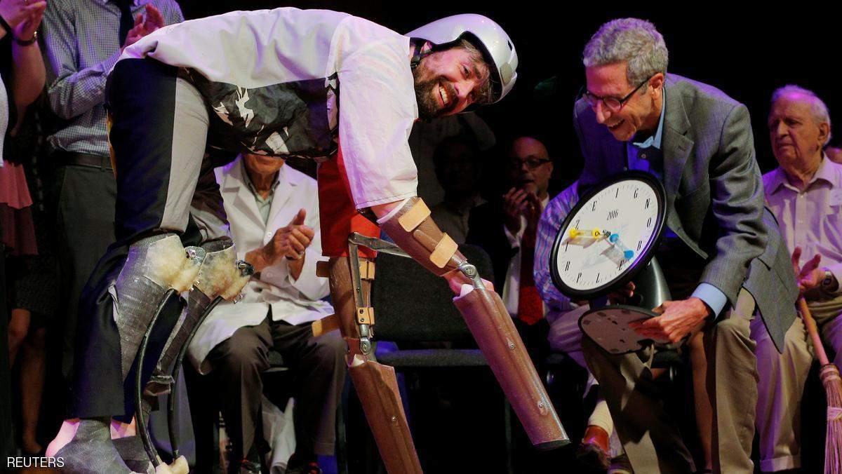 الرجل الماعز أبرز الفائزين بجائزة نوبل للحماقة!
