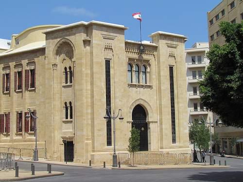 معلومات حصل عليها موقع بنت جبيل حول التسوية المطروحة بين الحريري - بري  بعد  لقاء   بنشعي ليل  أمس