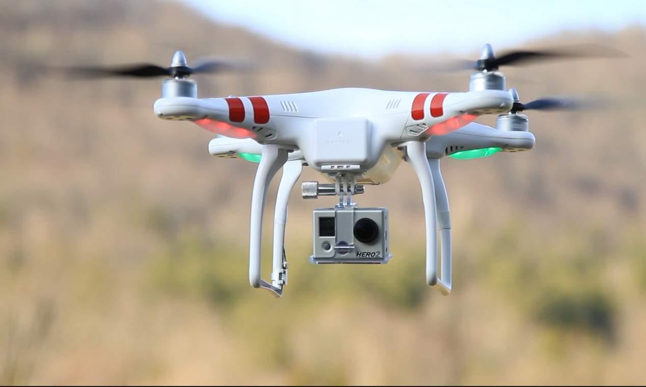 طائرة دون طيار تؤخّر رحلات في مطار دبي اليوم