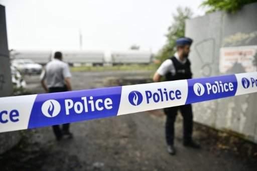 """إصابة شرطيين طعناً في """"هجوم ارهابي"""" في بروكسل"""