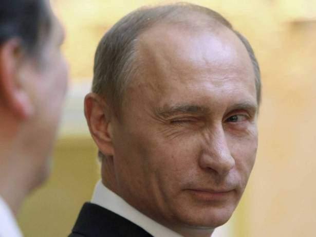 بوتين يقرع طبول الحرب.. قاذفات روسيا النووية تتحرش بأوروبا!