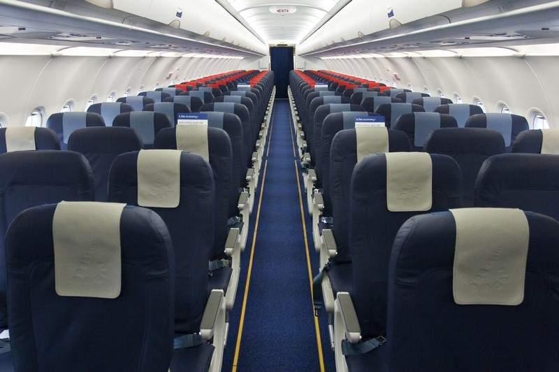 هذا ما يحدث في الطائرة عند كلِّ إقلاعٍ وهبوط!