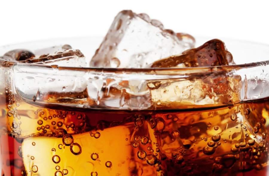 """المشروبات الغازية """"دايت"""" قد تزيد خطر السكري"""