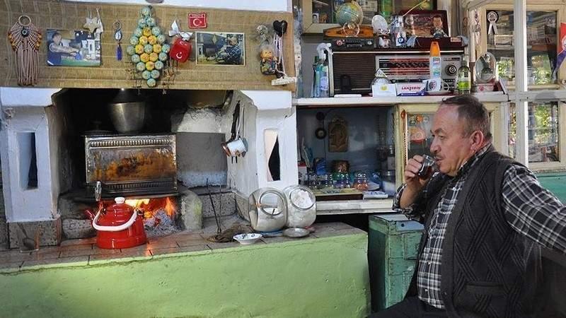 """""""الزبون يحدد سعر كوب الشاي"""".. تعرّفوا إلى قصة إسماعيل"""
