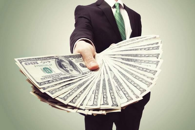 """مليونير روسي شاب بنى ثروته من """"الاختراق الإلكتروني"""""""