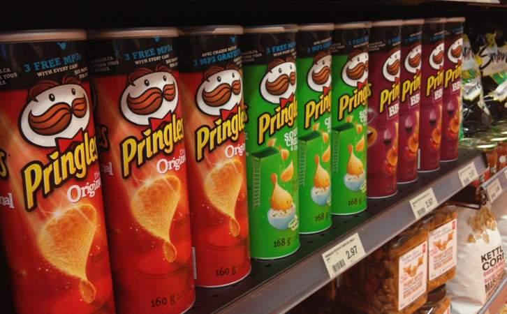 مفاجأة.. Pringles ليست رقائق بطاطس وهكذا تُصنع!