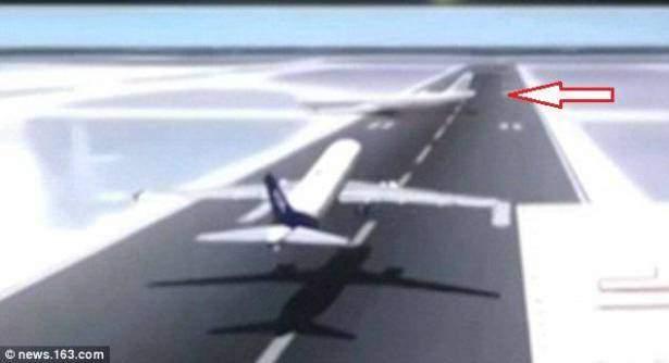 بالفيديو: 450 ألف دولار مكافأة لطيّار منع اصطدام طائرتين كان يمكن أن يقتل 439 شخصاً!