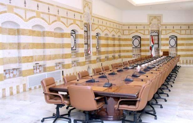 بالفيديو / هذه تشكيلة حكومة الحريري القادمة و ابو صعب باق و لكن!
