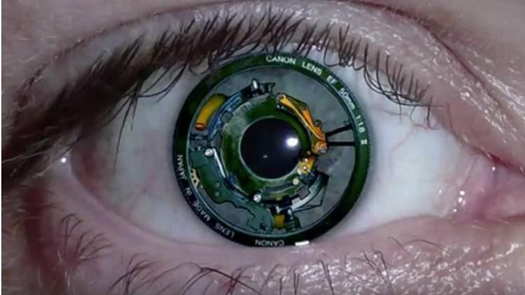 تطوير عين الكترونية تُربط مباشرة بالدماغ لإعادة البصر