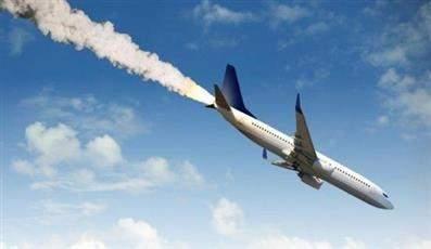 تحطم طائرة تقل فريق كرة قدم برازيلي وعلى متنها 72 شخصا