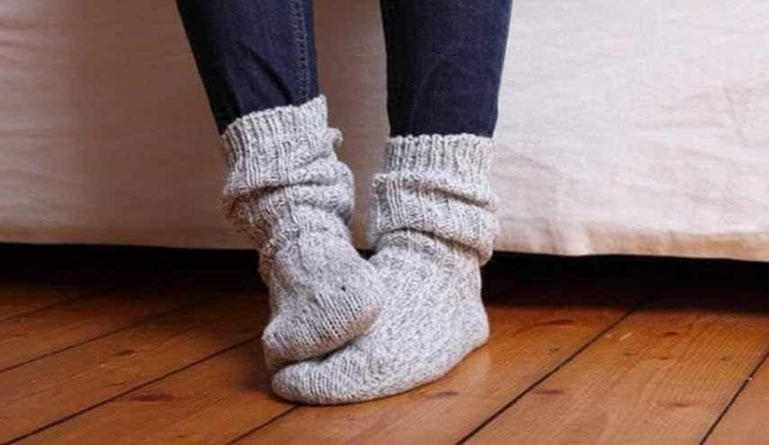 4 طرق منزلية لتجنب برودة القدمين في الشتاء
