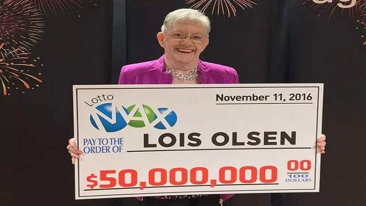 عجوز كندية تفوز بجائزة يانصيب ضخمة ولا تدري ما تفعل بها!
