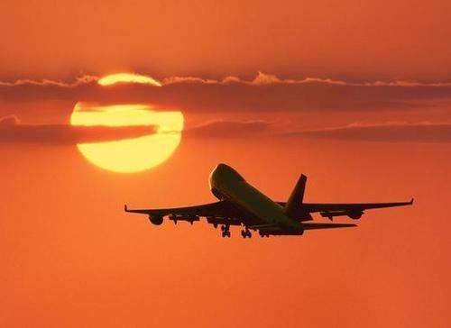 هبوط اضطراري لطائرة قطرية في جزر الازور...والسبب؟