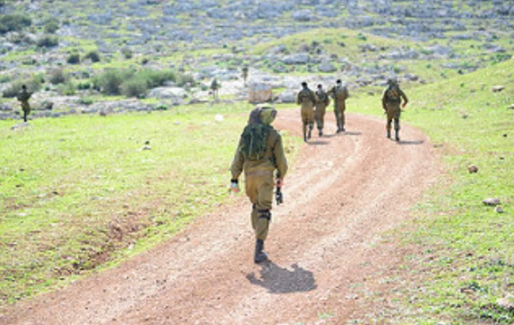 """تحذيرات في إسرائيل: نسير على """"حبل رفيع"""" مع """"حزب الله"""""""