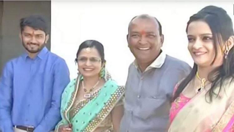بنى 90 منزلاً للمشرّدين احتفالاً بزفاف ابنته!