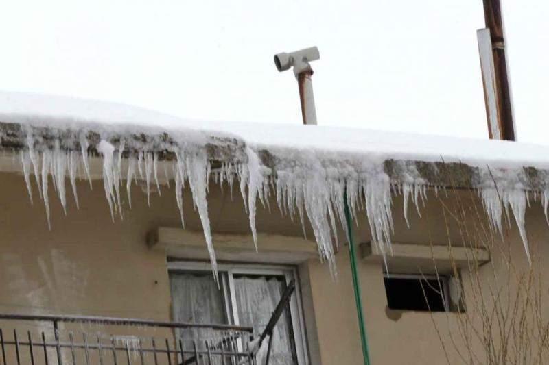 إقفال مدارس في الضنية بسبب الجليد