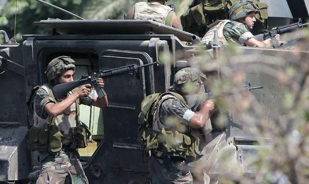 توقيف مطلوبين بعمليات دهم للجيش في الهرمل وضبط اسلحة ومخدرات