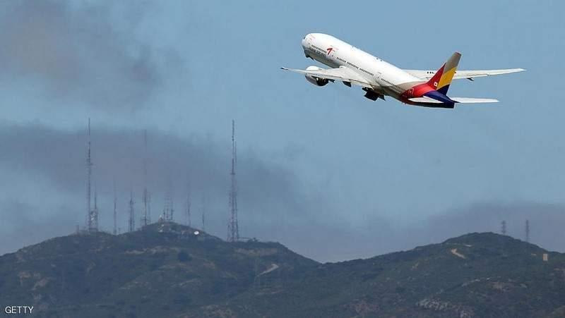 """لركاب الطائرات """"المشاغبين"""".. احذروا الصواعق الكهربائية"""