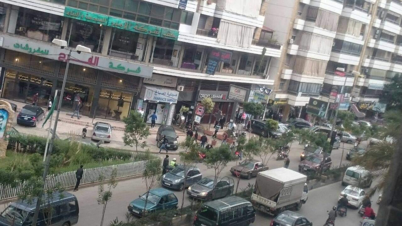 بالصور: بلبلة وقتيل.. هذا ما حدث على أوتوستراد هادي نصرالله