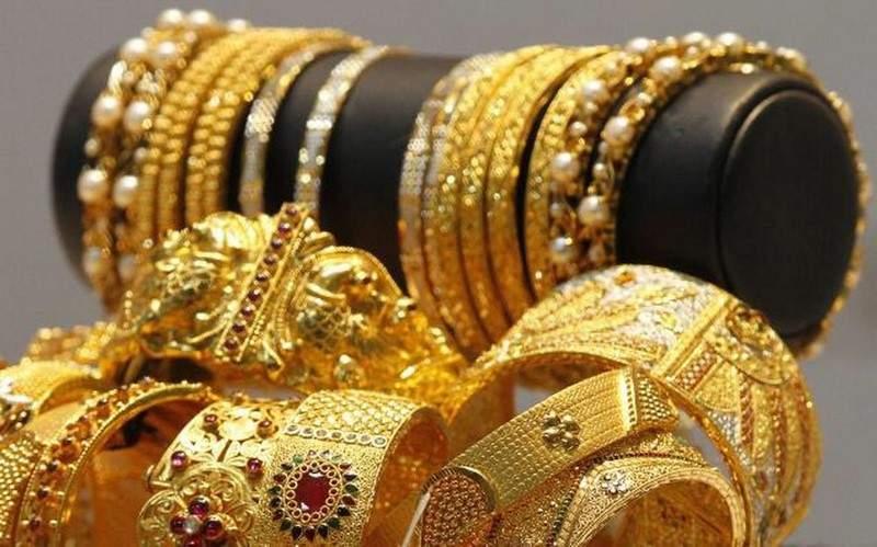 سرقت مجوهرات لقضاء عطلة.. ولتتبرع لمسجد