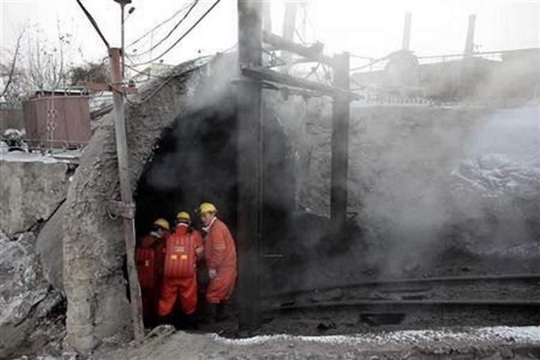 ضحايا بانهيار منجم فحم في الهند.