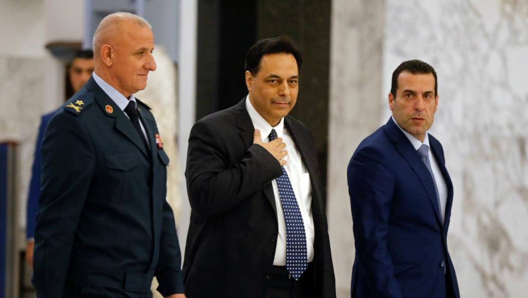 نبذة عن حياة الرئيس المكلف حسان دياب