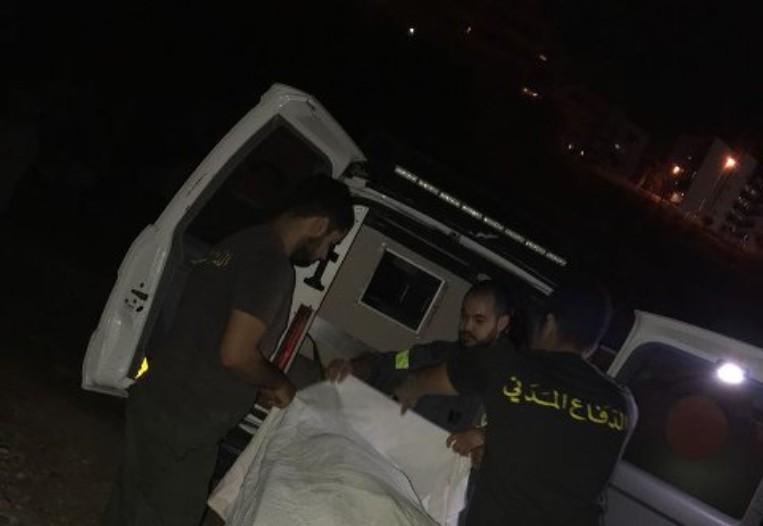 نقل جثتين لامرأة ورجل من منزلهما في فيطرون إلى المستشفى