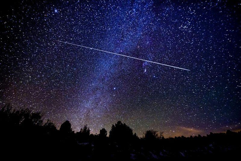 زخات الشهب تظهر في سماء أميركا...ظاهرة تستقطب محبي الظواهر الفلكية