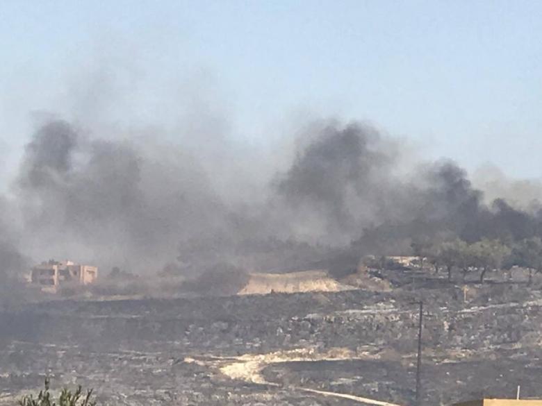 بالصور/ الدفاع المدني يعلن انتهاء عمليات اطفاء الحريق الذي شب في خراج بلدتي جويا و وادي جيلو الجنوبيتين