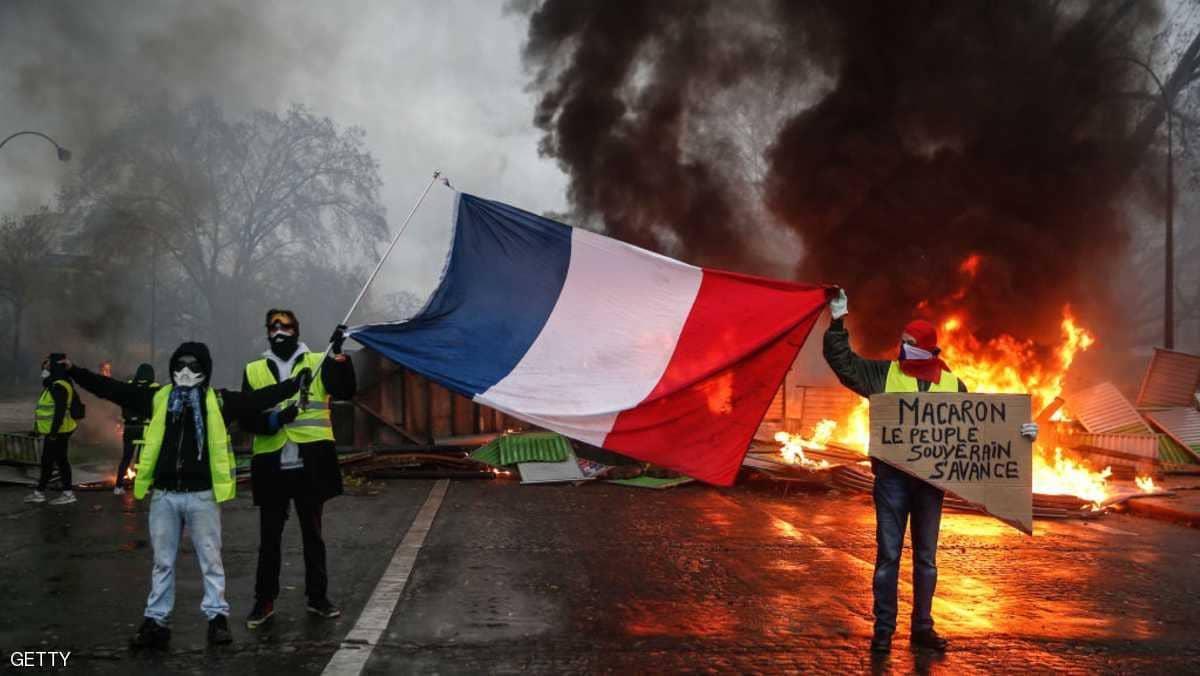 فرنسا تدرس فرض حالة الطوارئ لمواجهة الشغب ووزير الداخلية: لا محرمات لدي وأنا مستعد للنظر في كل شيء !
