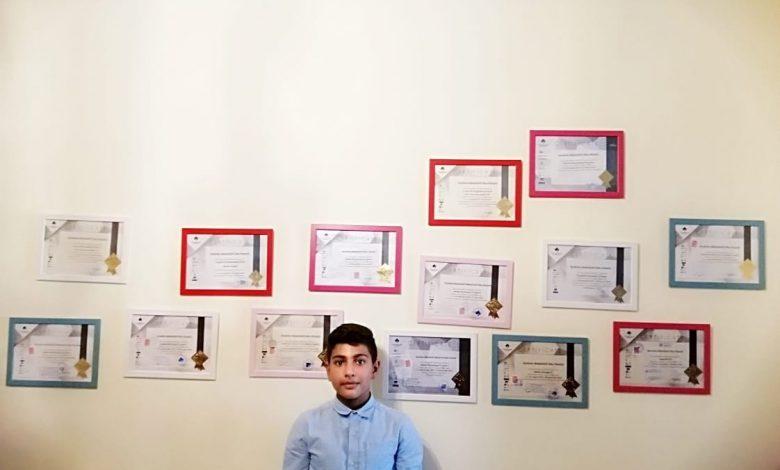 طفل أردني يبلغ من العمر 11 عاماً يحمل الدبلوم و17 شهادة في مجال التصميم الجرافيك...ويطمح في الحصول على 100 شهادة!