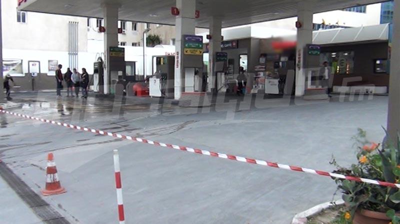 """""""الوكالة الوطنية"""": معظم محطات الوقود في عاليه والمتن الأعلى أقفل منذ ليل امس بسبب نفاذ كمية المحروقات واستمر الإقفال اليوم"""
