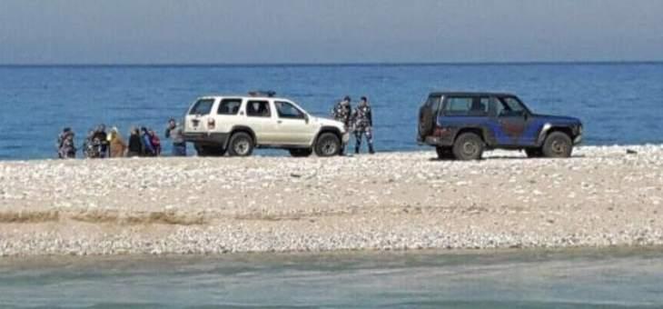 العثور على جثة الشاب الذي قضى غرقا أمس مقابل شاطئ السعديات والبحث جار عن أحد المفقودين من أفراد عائلته