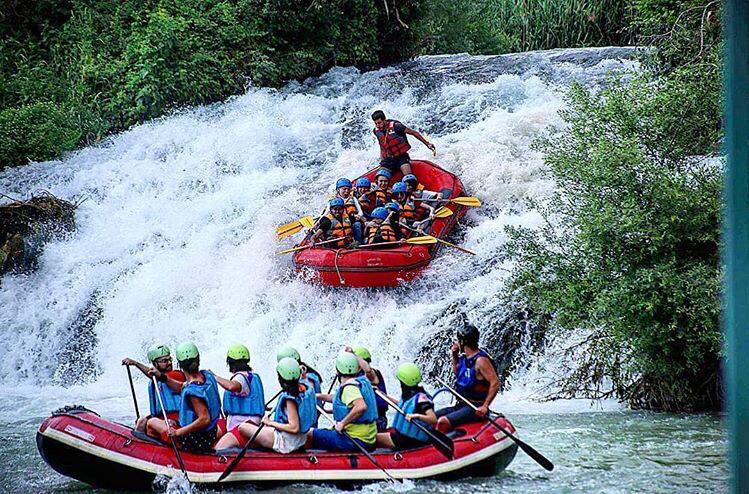 تجربة فريدة بانتظاركم لقضاء إجازة ممتعة على ضفاف نهر العاصي...Hotel Trout Restaurant
