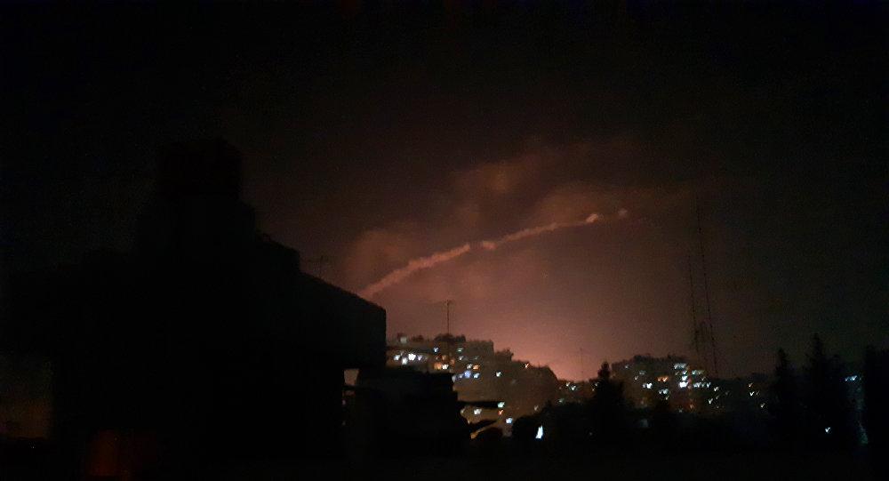 بعد الأنباء عن عدوان إسرائيلي إستهدف تل الحارة بريف درعا...أضرار العدوان اقتصرت على الماديات والدفاعات السورية تصدت