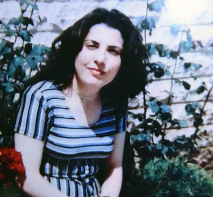 """""""جيهان"""" غادرت منزلها في البساتين العصي في تنورين برفقة أولادها الخمسة إلى جهة مجهولة!"""
