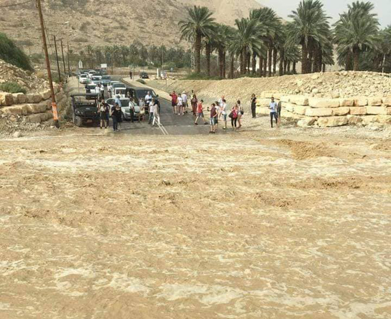 جيش الإحتلال الإسرائيلي يعلن أنه أرسل طائرات لمساعدة الأردن في كارثة السيول بطلب من عمّان!