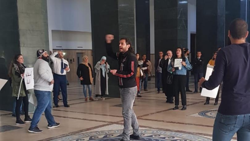 بالفيديو/ محتجون داخل قصر العدل في بيروت...هذا ما طالبوا به