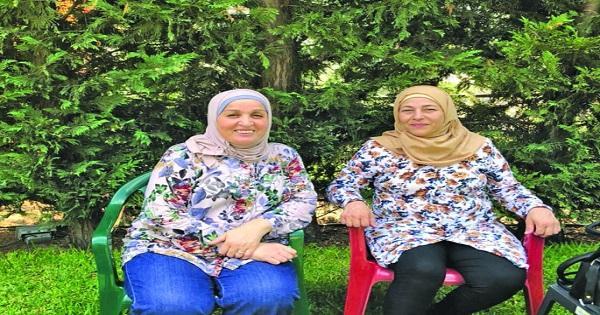 """قصة تشبه الأفلام لكن بنهاية سعيدة..عائلة كان يُعتقد أنها ذبحت خلال الحرب اللبنانية تظهر بعد 43 سنة بفضل """"فيسبوك"""""""