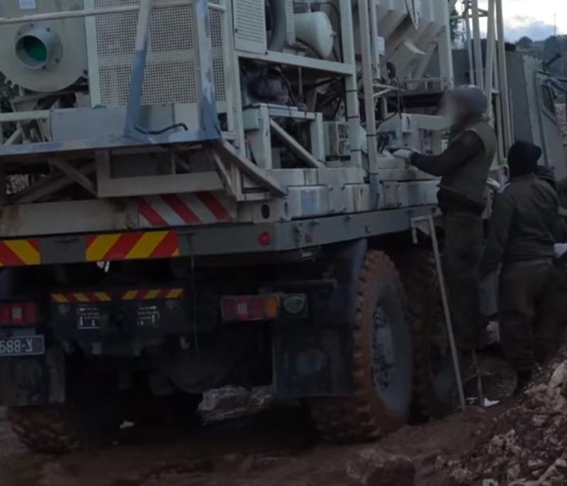 جيش الإحتلال الإسرائيلي يعلن بدء عملية تدمير الأنفاق المزعومة عند الحدود اللبنانية!