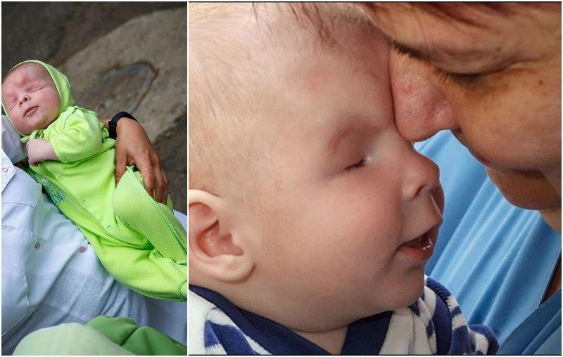 """في شهر الخير والعطاء...عائلة في روسيا  تتبنى الطفل المبتسم المعروف بـ""""ساشا""""  الذي يعاني من حالة طبية نادرة حيث ولد بدون عينين!"""