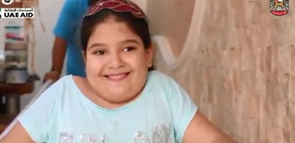 """""""الهلال الاحمر الاماراتي"""" يتبرع بجهاز لمريم...قصة موجعة لطفلة لبنانية تعاني من شلل نصفي وتشوه خلقي"""