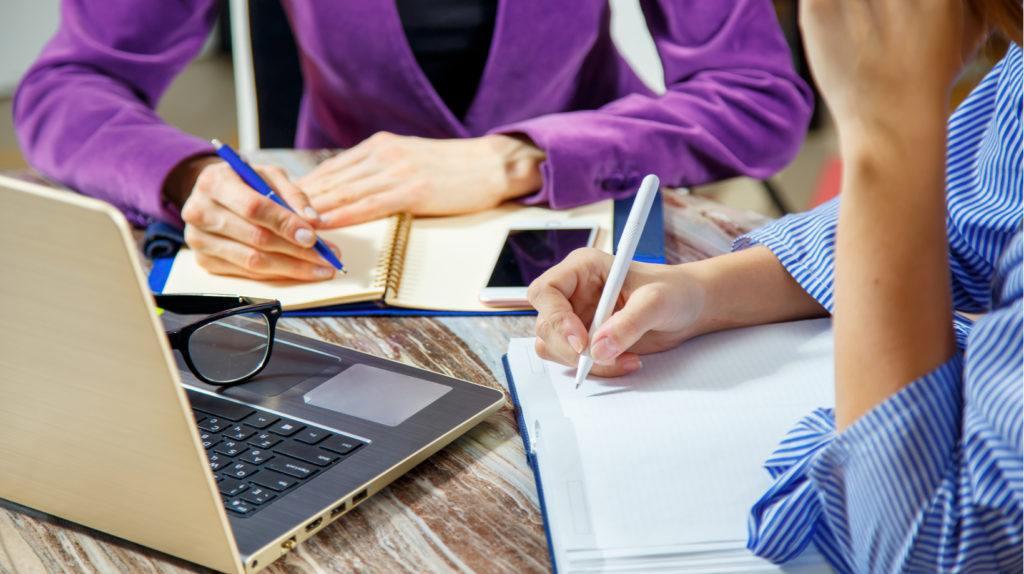 متابعة يومية للطلاب ودعم وتقوية في مختلف المواد...إليكم ما يقدمه Trust Institute في بنت جبيل