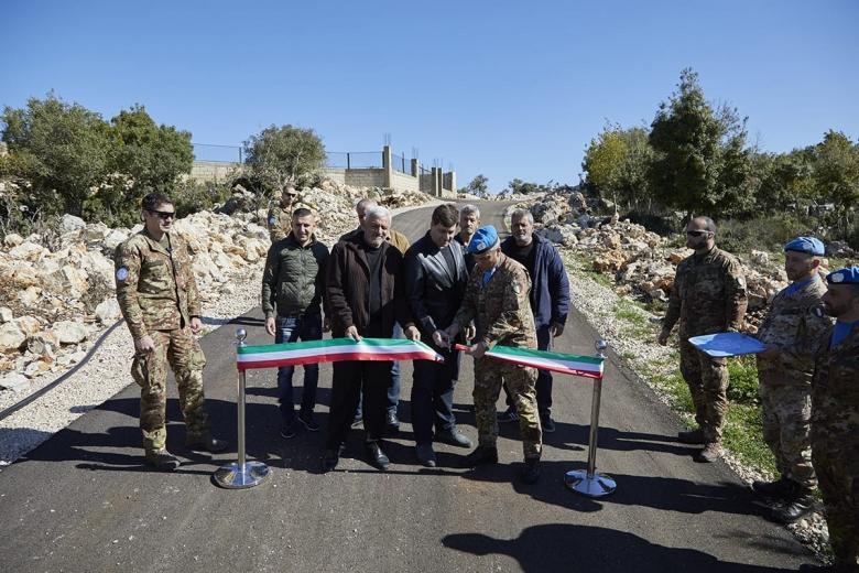 اليونيفيل الإيطالية تدشن طريقاّ في بلدة راميا الحدودية
